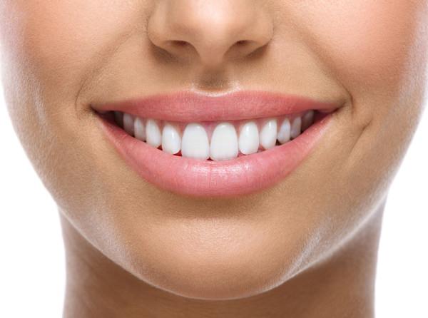 Whitening Zahncremes – wie wirken sie, was bringen sie?